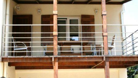 A 0006 Kitchen Balcony